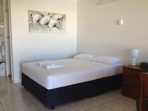 A room at Shell Motel (Pearly Shell Motel)