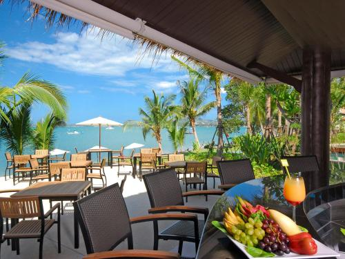Restoran või mõni muu söögikoht majutusasutuses Hotel Ibis Samui Bophut - SHA Plus
