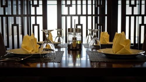 Um restaurante ou outro lugar para comer em Rabigh Park Hotel