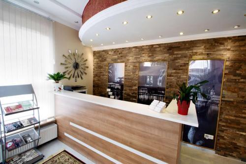 Lobby/Rezeption in der Unterkunft C&S Hotel
