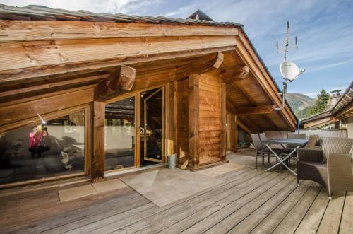 A porch or other outdoor area at Chalet Gaia