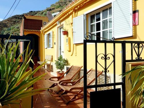 Un patio o zona al aire libre en Casa La Bodeguilla