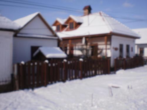 Árpád Vendégház during the winter
