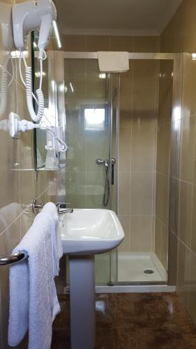 Een badkamer bij EL POZO Beach & Boutique Hotel
