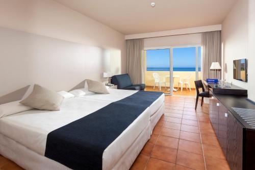 A room at Hotel Best Jacaranda