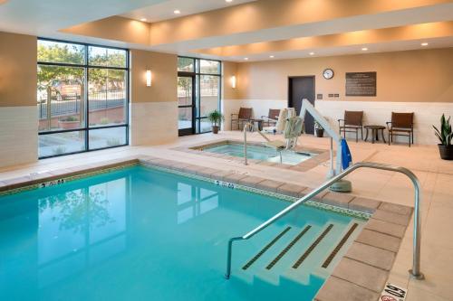 The swimming pool at or near Hampton Inn Kanab