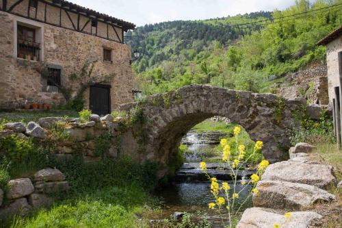 Jardín al aire libre en Posada de Urreci