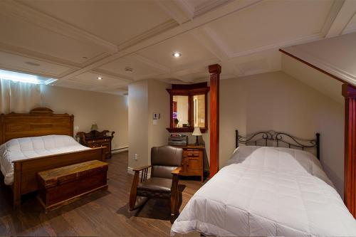 A room at Auberge Mr James