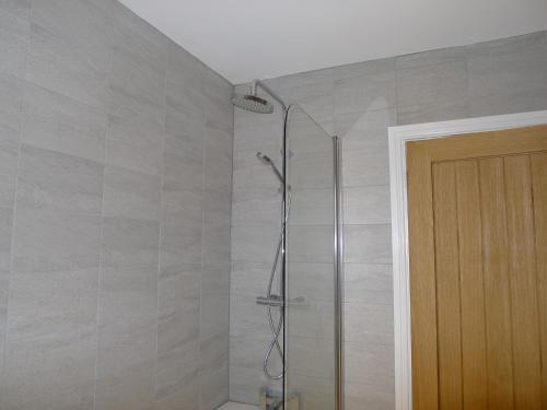 A bathroom at Church Court Apartments