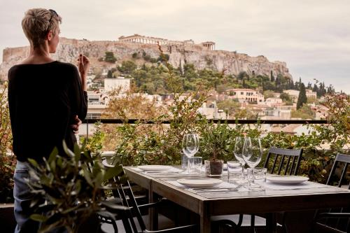 A restaurant or other place to eat at The Zillers Boutique Hotel