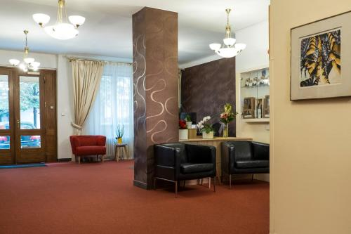 The lobby or reception area at Hotel Meda of Museum Kampa