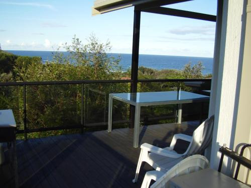 A balcony or terrace at Strathmore Lodge