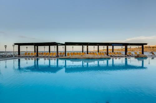 AX Sunny Coast Resort & Spa