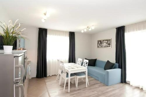 A seating area at Sofia Top Apartments