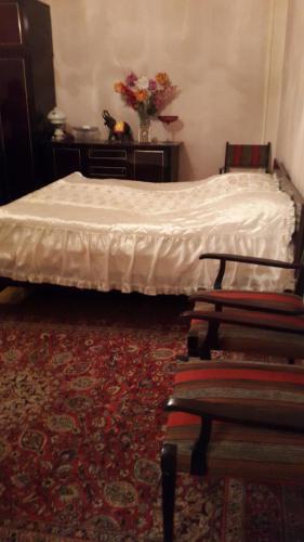 Um quarto em Apartment at Narimanov 151