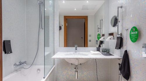 A bathroom at Clarion Hotel Helsinki