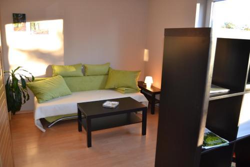 Ein Sitzbereich in der Unterkunft Ferienwohnung Bella