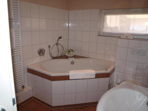 A bathroom at Wegermann`s BIO-Landhaus im Wodantal