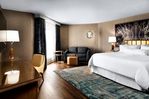 A room at The Westin Toronto Airport