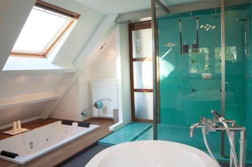 Een badkamer bij Geinig