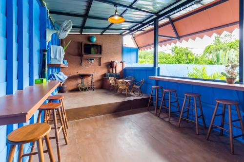 Lounge oder Bar in der Unterkunft ZEN Rooms Mukim Kedawang