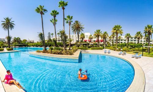 The swimming pool at or close to Hasdrubal Thalassa & Spa Port El Kantaoui