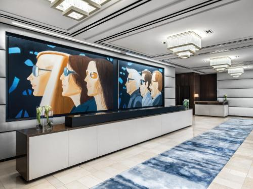 The lobby or reception area at The Langham, New York, Fifth Avenue