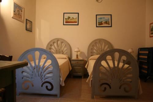 A restaurant or other place to eat at B&B Meridiana