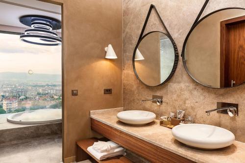 A bathroom at Tasigo Eskisehir