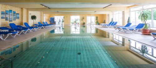 Der Swimmingpool an oder in der Nähe von Nordseehotel Freese