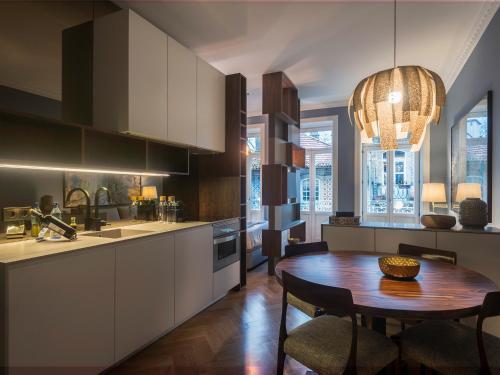 A kitchen or kitchenette at Domum 2