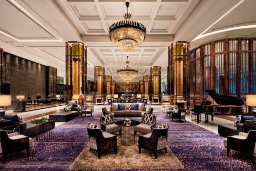 A restaurant or other place to eat at Bangkok Marriott Marquis Queen's Park