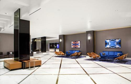 A television and/or entertainment centre at Hilton Miami Downtown