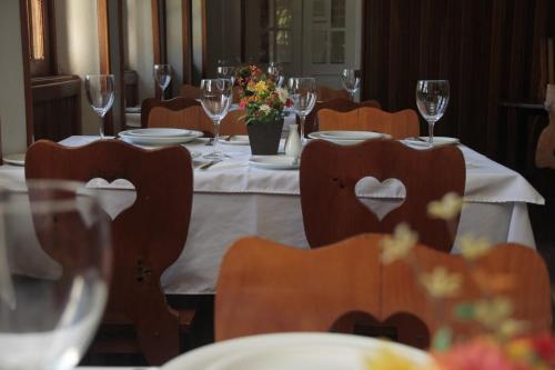 A restaurant or other place to eat at Hotel Donati