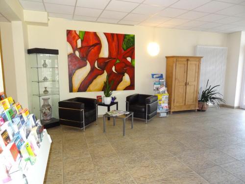 Ein Sitzbereich in der Unterkunft HW Hotel - Haus am Niederfeld