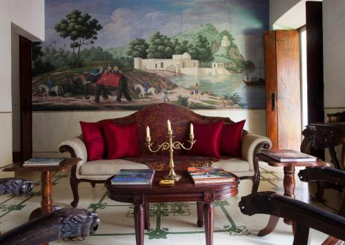 A seating area at Siolim House
