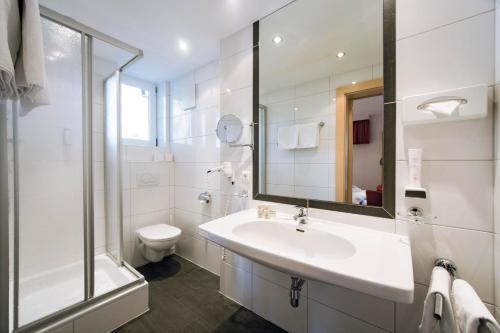 Ein Badezimmer in der Unterkunft Hotel Garni Passeier