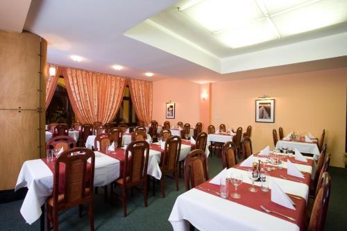 Restaurace v ubytování Hotel N
