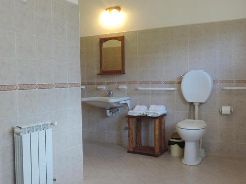 A bathroom at Hosteria El Hoyo