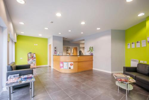 The lobby or reception area at Beaverbank Place - Campus Residence