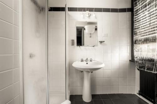 Ванная комната в Radio Hotel