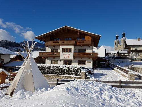 Landhaus Tirol during the winter