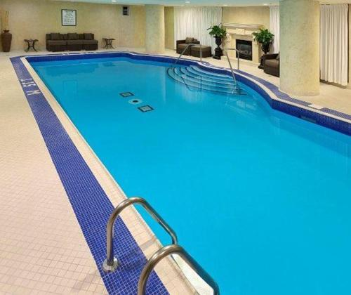 The swimming pool at or near Windsor Arms Hotel