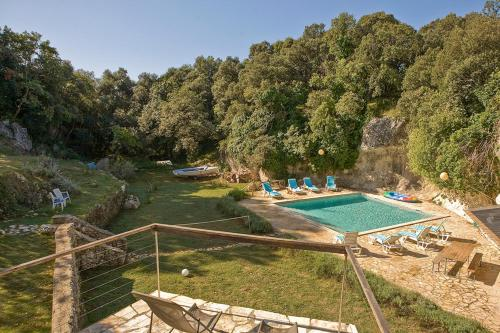 A view of the pool at Cave Romana or nearby