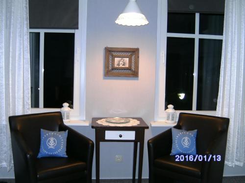 Ein Sitzbereich in der Unterkunft Fischerhaus König in Alt Sassnitz