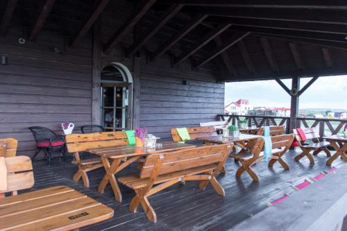 Restauracja lub miejsce do jedzenia w obiekcie Karczma Zamojszczyzna