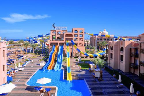 De kinderspeelruimte van Aqua Blu Resort - Families and couples only
