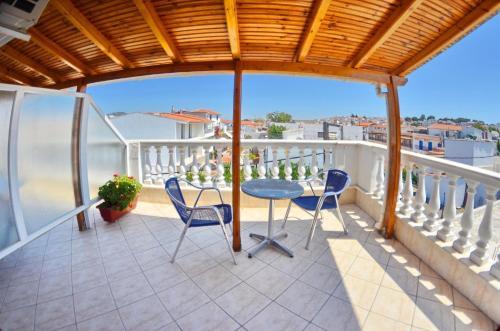 A balcony or terrace at Aretousa Hotel