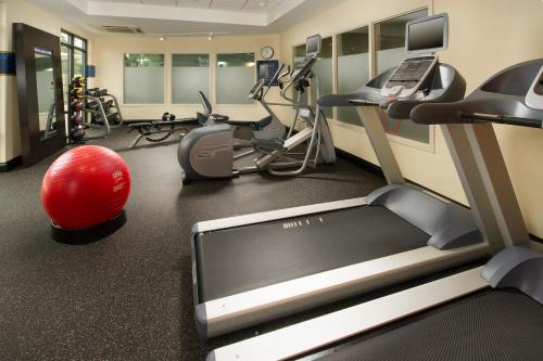The fitness center and/or fitness facilities at Hampton Inn & Suites San Antonio Northwest/Medical Center