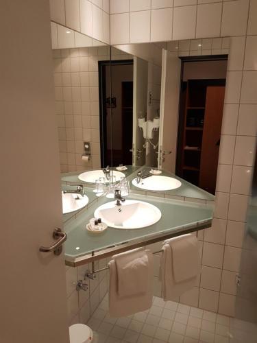 Ein Badezimmer in der Unterkunft Hotel Zur Mühle
